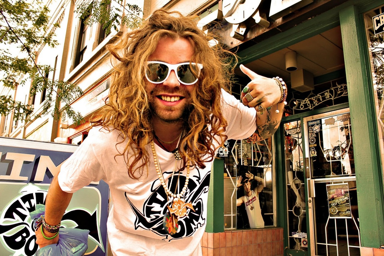 mod sun how tall